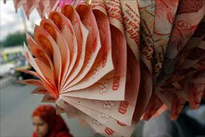 Indian Rupee, Rupee vs dollar, Rupee to Dollar, US dollar, dollar rate, dollar rate today, Forex market, BSE Sensex