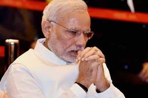 Narendra Modi in ramakrishna math mission