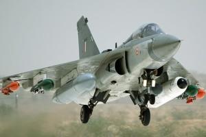 tejas, light combat air craft, bahrain airshow, airshow, air show bahrain, teja aircraft, indian airforce drdo, tejas aircraft pictures, bahrain airshow pictures