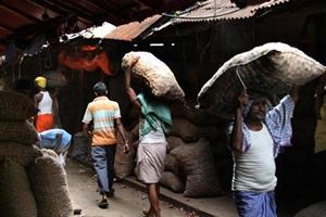 Left Democratic Front , United Democratic Front, J Jayalalithaa , Mamata Banerjee