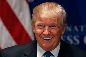 Donald trump, Donald trump twitter, Donald trump profile, Bernie Sanders, US Presidential elections, Donald trump social media, Donald trump news, Social media news