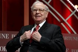 Warren Buffett, Berkshire Hathaway , IBM, Apple, Warren Buffett Latest News