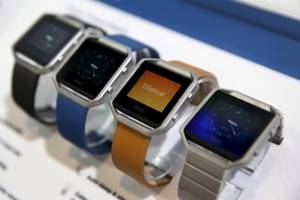 Fitbit blaze, watch review, stylish watches