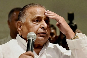 mulayam singh yadav press conference on party crisis, mulayam singh yadav, akhilesh yadav mulayam singh yadav, shivpal singh yadav, Shivpal Yadav resigns, shivpal yadav samajwadi party, mulayam singh akhilesh yadav, mulayam singh shiv pal yadav, mulayam singh ram gopal yadav