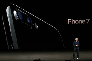 Apple expectation, apple iphone launch, iphone 7, Apple iPhone 7, iphone 7 launch, apple, iPhone 7 Plus, iphone 7 launch in india, apple watch, apple watch 2, apple watch price, apple watch price in india, Apple iPhone 7 Plus, iphone 7 specs, iPhone 7 Plus launch, iphone 7 price in india, apple smartwatch price, apple smartwatch price in india, apple smartwatch review, iphone 7 india, iphone 7 features, iphone 7 specifications, iPhone 7 Plus launch in india, iphone news, Apple watch, apple watch launch