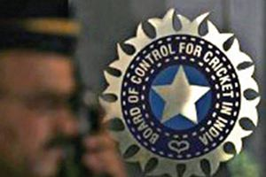 The BCCI, eagerly awaiting a response from the Justice RM Lodha panel on the appointment of an independent auditor, may not get one on October 25 as the three-member committee is not meeting tomorrow.