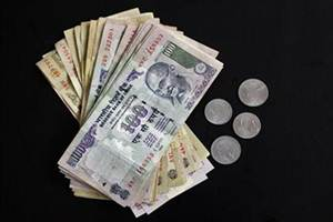 Two individuals reported the highest annual salary income of over `100 crore in FY14, another 10 such income between `50-100 crore while a total of 44 drew more than `25 crore each in salaries.  (Reuters)