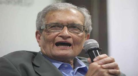 The leading Indian economist introduced the Amartya Sen Lecture Series at London School of Economics yesterday on the topic of 'Religious intolerance and its impact on democracy' presented by Pakistani human rights activist Asma Jahangir. (PTI)