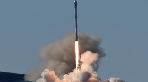 A SpaceX Falcon 9 rocket blasted off from California on Saturday, marking the company's first launch since a fireball engulfed a similar rocket on a Florida launch pad more than four months ago. (Reuters)