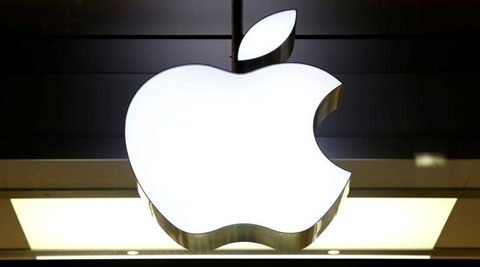 Apple Inc filed a $1 billion lawsuit against supplier Qualcomm Inc on Friday, days after the US government filed a lawsuit that accused the chip maker of resorting to anticompetitive tactics. (Reuters)