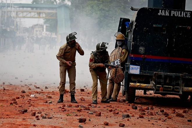 kupwara terror attack, kupwara attack, kashmir attack, jaish-e-mohammad, jem, masood azhar, pakistan terrorism, kashmir terrorism, kashmir unrest, indian army, tupwara terror attack: All we know so far