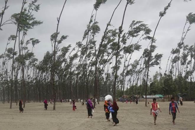 Cyclone Mora, viral images, cyclone mora viral images, mora, bangladesh, mora pictures, cyclone mora photos, cyclone mora bangladesh, bangladesh news, tropical storm bangladesh, bangladeshi evacuated, Chittagong, Cox's Bazar bangladesh, cyclone shelters bangladesh, Bay of Bengal, cyclone Bay of Bengal, Mass evacuation campaign launched, Mass evacuation bangladesh, maritime ports bangladesh, storm in bangladesh, cyclone in bangladesh, india braces for cyclone