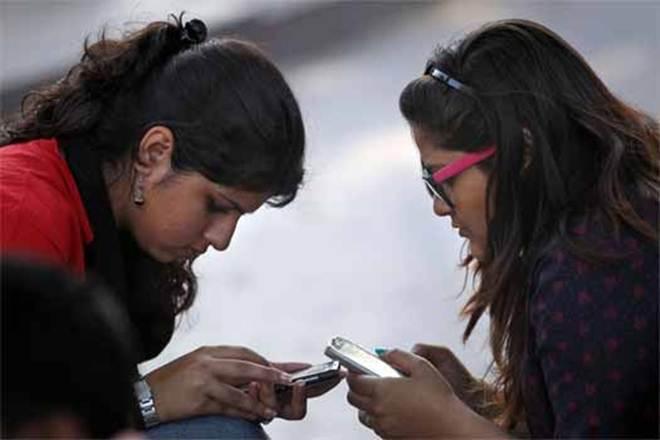 Madhya Pradesh, government, handsets, smart phone, college students, free of cost smart phone, smart phones