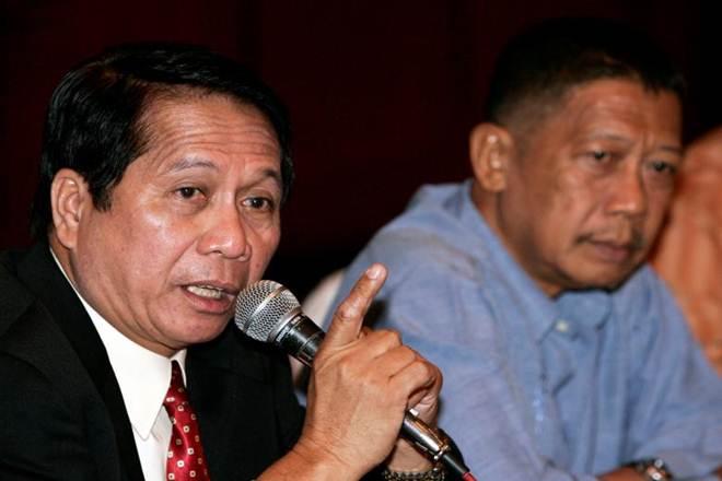 Philippine, government, communist insurgents, dispute, rebel order, fighters