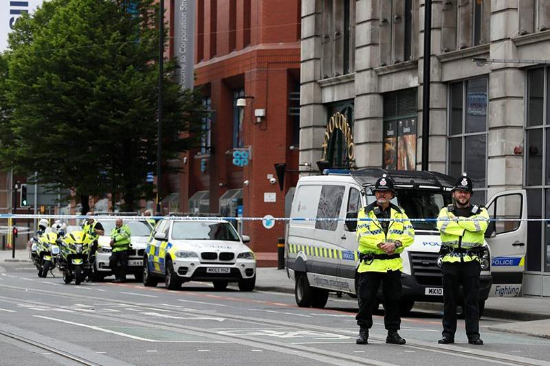 manchester attack, britain on high alert, Theresa May , Manchester pop concert bombing, alman Abedi, united kingdom, machester city suicide bombing