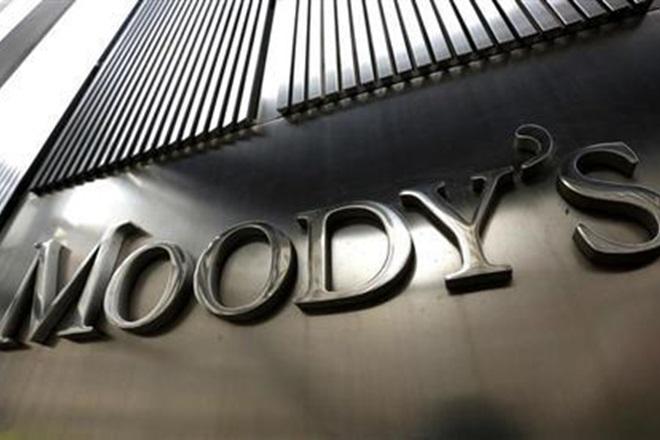 moody's downgrades china, moody's, moody's china rating, Warren Buffett, moody's rating scale, chinese media hits at moody's