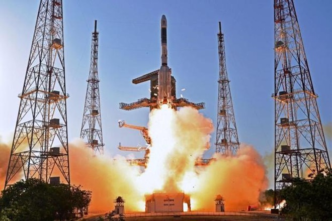 GSLV MK 3 rocket launch, ISRO, GSAT 19,  NASA ISRO, united states, Indian space agency, Moon mission