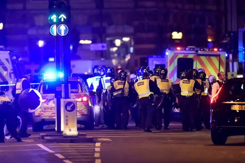 London terror attack, London Bridge, Borough Street, Manchester, Theresa May, Ariana Grande, Sadiq Khan, terror strikes London