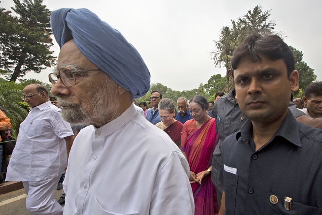 gst launch, goods and services tax, gst congress, gst midnight launch, gst congress, gst roll out, manmohan singh, gst manmohan singh, congress, congress gst, bjp gst,