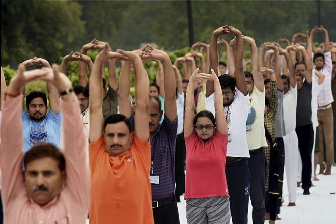 yoga day, yoga day 2017, international yoga day, international yoga day 2017, yoga 2017, ramasray maharaj, ramashray maharaj