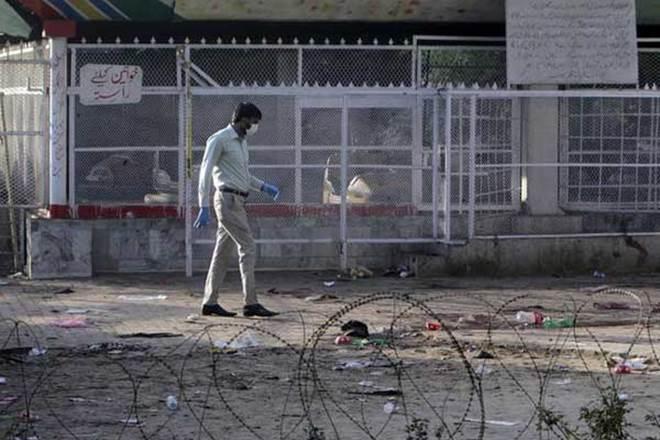 Lahore blast, Lahore blast news, Lahore blast latest news, Lahore blast deaths, pakistan, pakistan blast, Lahore explosion, blast near Punjab cm Shahbaz Sharif