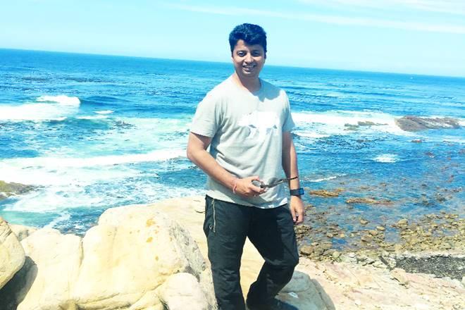 Ashish Chakravarty, Prasoon Joshi