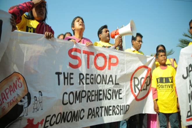 rcep talks india, rcep talks india protest, RCEP trade agreement, protest india, free trade agreement, farmers protest, civil society protests, Peoples Resistance Forum against RCEP, HIV positive people, flash protest