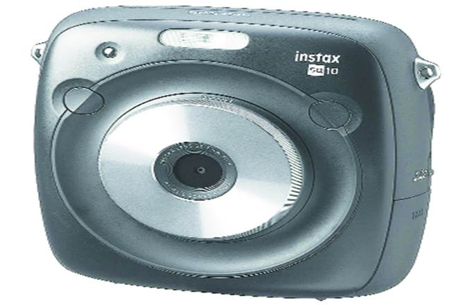 digital,digital camera,Instagram generation,camera for the Instagram,Instagram,instant film camera,Instax Square SQ10