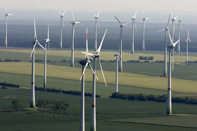 Renewables slip,Renewables energy,renewable capacity,thermal power,biomass capacity,renewables sector