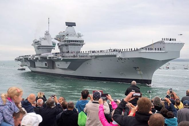 britain, britain aircraft carrier, aircraft carrier HMS Queen Elizabeth, southern England, Russia, russia defence ministry, Admiral Kuznetsov carrier, US protection assets