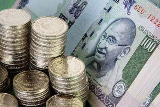 rupee,Standard Chartered Bank,ASEAN,South Asia,Mecklai Financial Services,equity markets,foreginportfolio investors,dollar selling