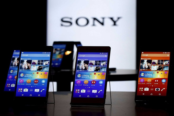 Sony Xperia, Xperia lawsuit, Sony lawsuit, Sony waterproof, xperia waterproof, Sony class action, sony class action lawsuit, sony $300, xperia $300, Xperia smartphones, xperia phone, sony phones, sony mobile, class action lawsuit, sony case, xperia case, waterproof smartphone, water resistant smartphone, sony waterproof settlement