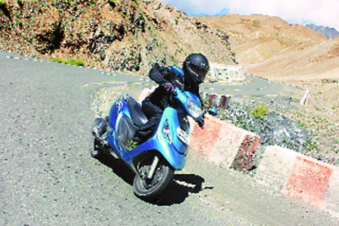 TVS Motor, Zest city review, tvs scooter review, tvs scooty review