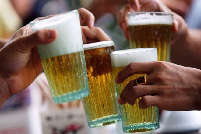 Drinking in Goa, Goa,public places in Goa, drinking inpublic places in Goa, ban on drinking inpublic places in Goa, ban on drinking in public places, Drinking ban, ban on drinking at public places, liquor ban, ban on liquor, ban on liquor in Goa,ban on drinkingof liquor in public places
