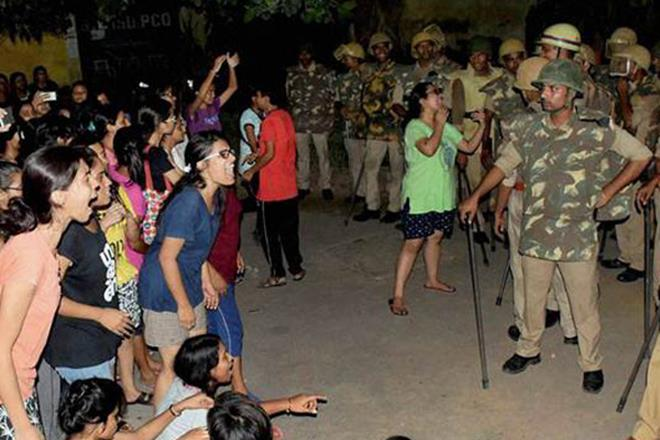 BHU protests, Congress, PM Modi,BHU, lathi charge in BHU