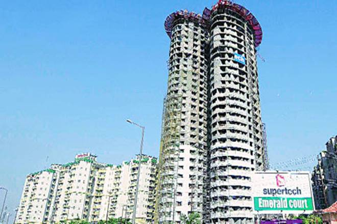 Flat buyers, Emerald Court, Supreme Court, Noida, Supertech Emerald Court