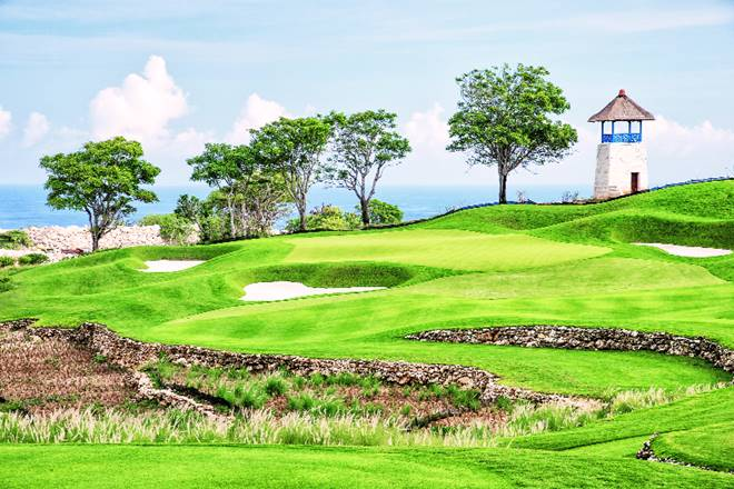 golf course, golf course bali, bali golf course, bukit pandawa golf course in bali, bukit pandawa golf and country club bali, golf course in bali