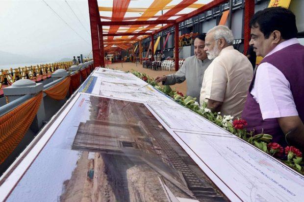 Sardar Sarovar Dam, PM Narendra Modi, infra