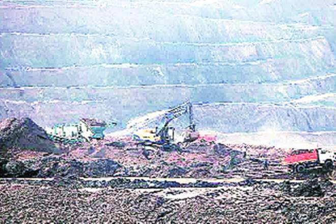 Coal mining,coal mines,mining sector,commercial mining,commercial mining market,Central government