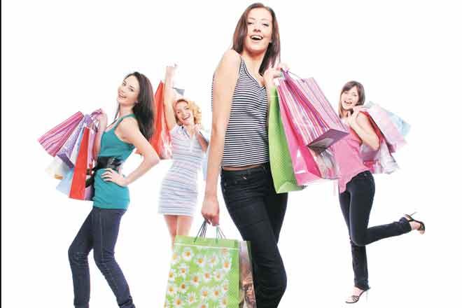 Festive Shopping, festive offers, avoid debt trap, festive season, Don't Splurge, Plan Your Finances , Pay Off Credit Card Bills