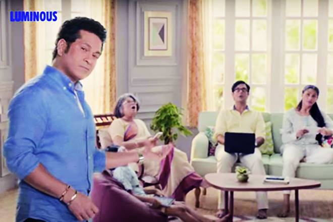 Luminous' latest TVC, Luminous TVC, Luminous latest ad, Luminous ad, Luminous Fans, Nazar Uthao, Sachin Tendulkar, Sachin Tendulkar in Luminous ad, Sachin Tendulkar in Luminous TVC, luminous ad humour element