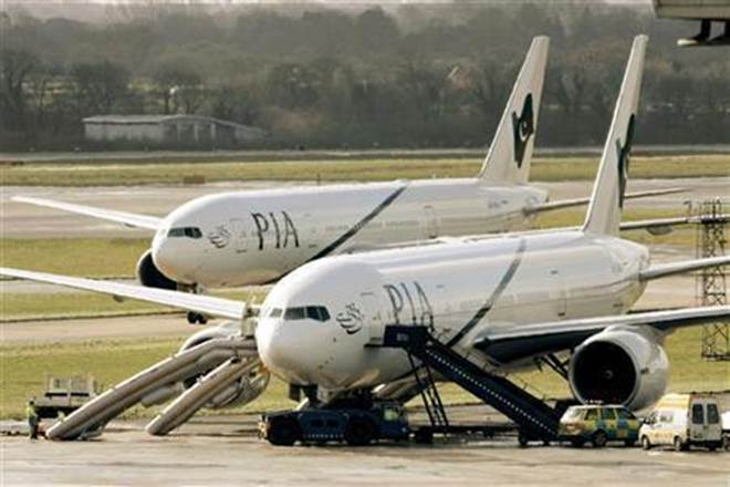 Pakistan International Airlines plane damage,Pakistan International Airlines flight damage, pia plane damage, plane damage pia
