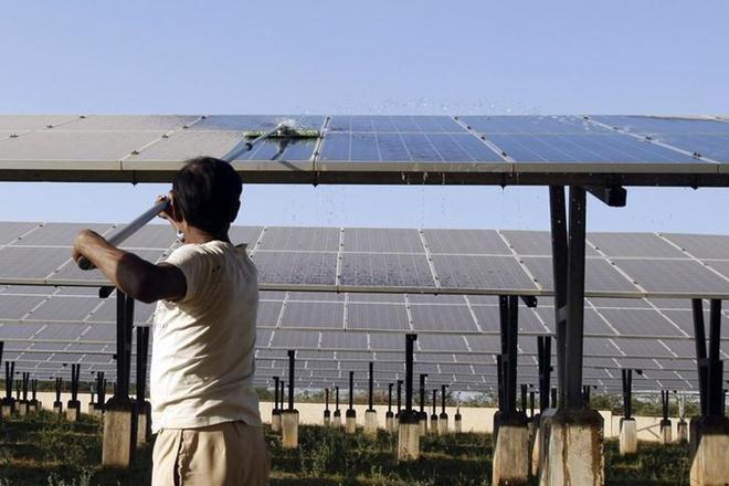 Renewable energy in india, Renewable energy, storage capacity, storage capacity in renewable energy, MNRE, Renewable Energy India Expo, Solar Energy Corporation, CEEW, solar capacity, solar capacity in india, energy storage technology