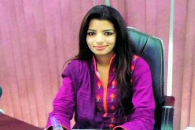 Zeenat Shahzadi, hamid ansari, pakistani journalist, pakistan, pakistani woman journalist