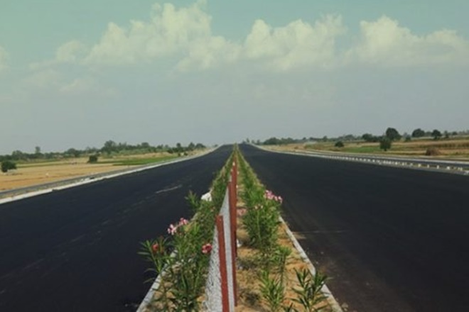 lucknow agra expressway, agra expressway, lucknow agra expressway, lucknow agra expressway toll tax, toll on lucknow agra expressway