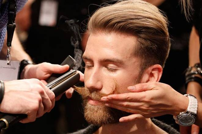 mens grooming market, mens grooming market in india, womens beauty care market, male consumer, make beautycare customers, moisturising cream for men, sunscreen lotion for men, Indian men, men grooming experience