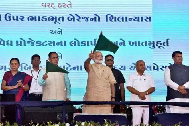 Gujarat election dates, Gujarat election announcement, PM Narendra modi, modi development projects in gujarat, gujarat election announcement by ec, vijay rupani, elections comission, Modi, Vijay Rupani, state Model Code of Conduct