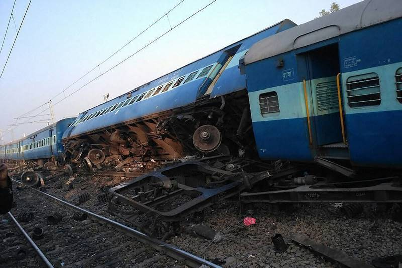 Vasco Da Gama-Patna Express, Vasco Da Gama-Patna Express derails, train derails, railways news, indian railways, train derails in india, train derails news, train status, Vasco Da Gama-Patna Express route, Vasco Da Gama-Patna Express status, up, uttar pradesh, patna, patna news