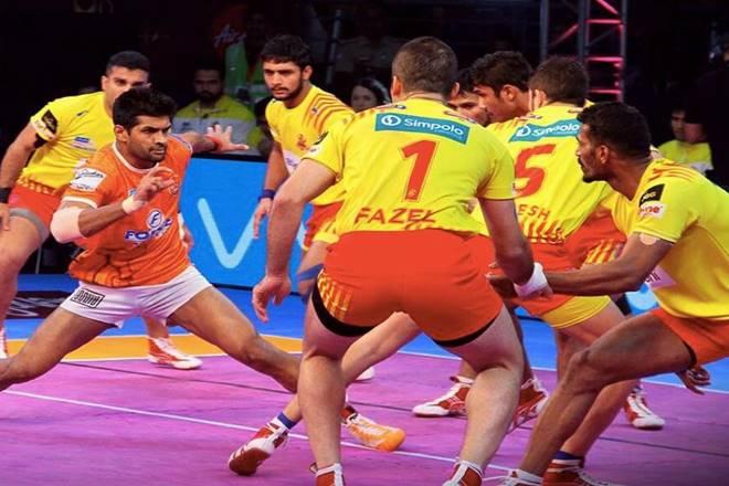 Puneri Paltan vs Gujarat Fortunegiants in Pro Kabaddi League 2017