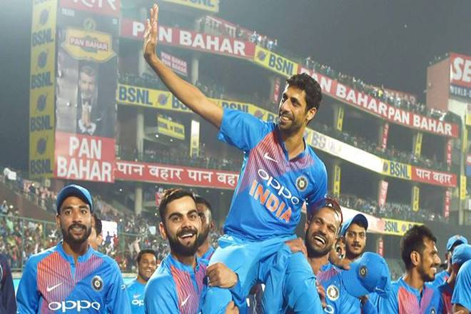 Ashish Nehra with the Indian cricket team